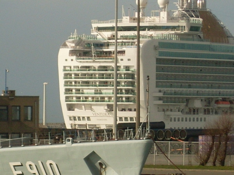 Zeebrugge naval base : news - Page 4 Sl370214