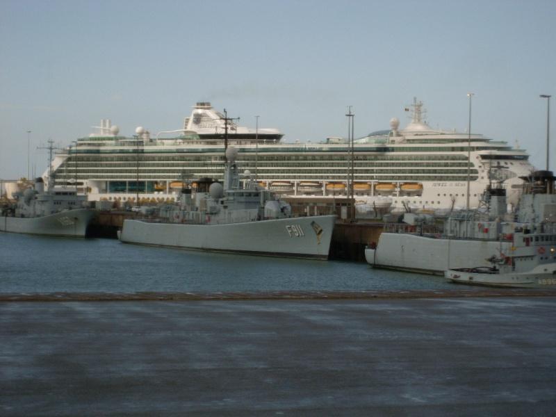 Zeebrugge naval base : news - Page 4 Sl370216