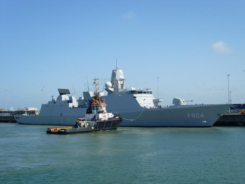 L'Amiral Robijns part à la retraite le 30.06.2011 Sl374110