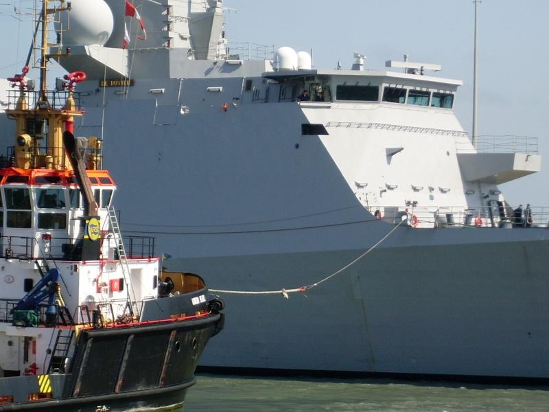 L'Amiral Robijns part à la retraite le 30.06.2011 Sl374112