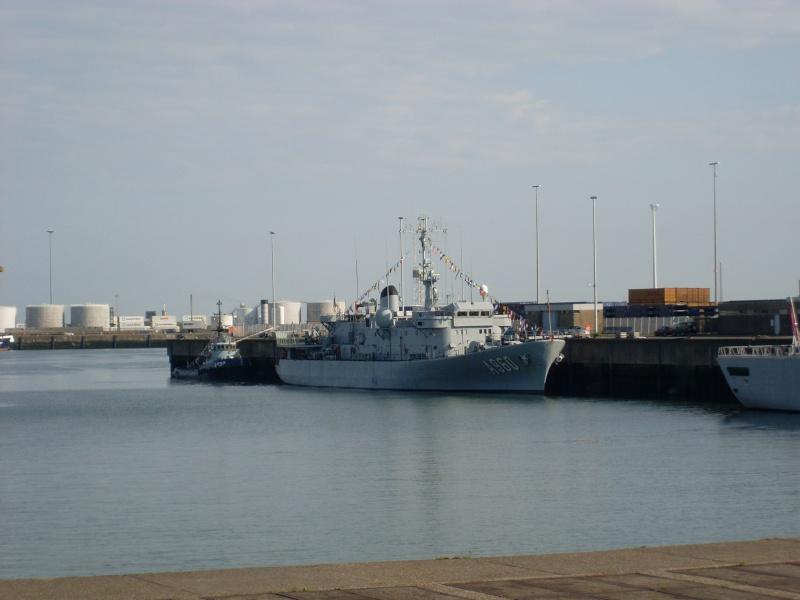 L'Amiral Robijns part à la retraite le 30.06.2011 - Page 2 Sl374215