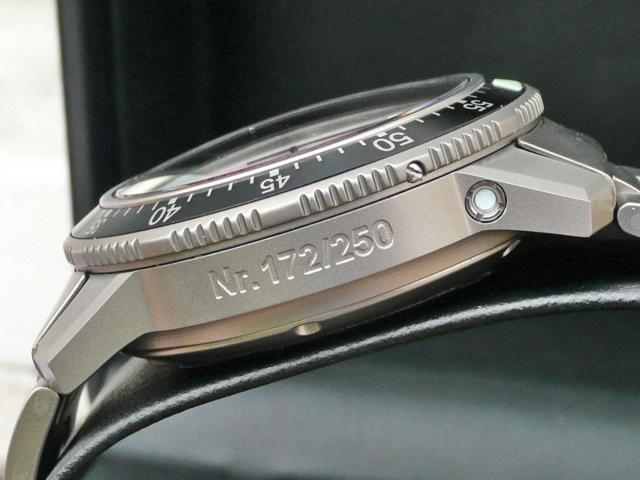 FEUX de vos montres en titane! P1020011