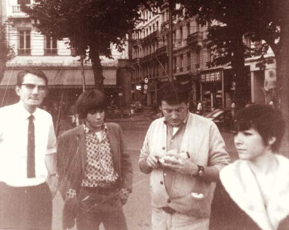 Rendez vous le 12.10.2008 pour tribute à Gene à Paris ! - Page 5 Genebe10