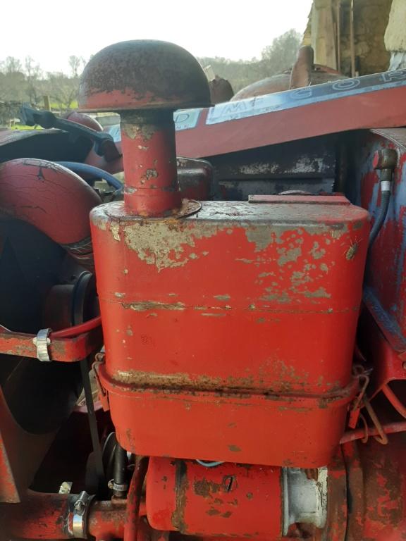 nouveau tracteur...IH 137 - Page 2 Filtre10