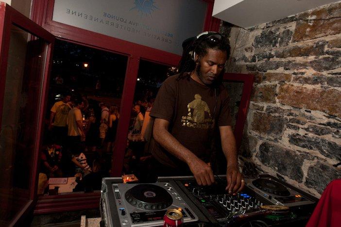 [HOUSE] DJ TygA -  In DA HOuse Room (Juin 2011) 26319110