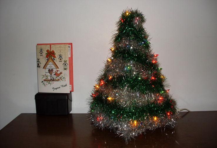 Joyeux Noel et Bonne Année à tous!!! - Page 7 Arbren10