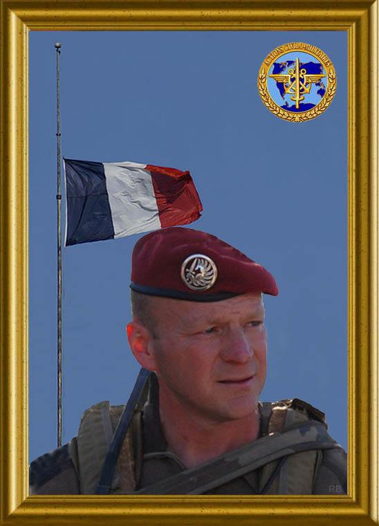 Quatre soldats français tués lors d'une attaque d'insurgés en Kapisa - Page 2 1_drap10