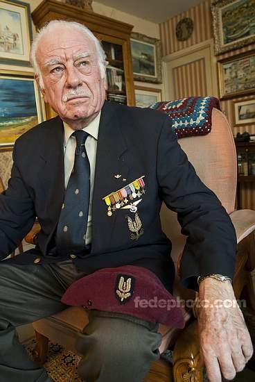 HOURDIN Roger Parachutiste SAS, l'un des derniers est mort dans sa 89e année 1_r_ho10