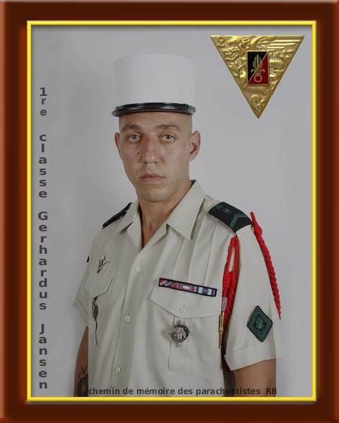 2e REP Hommage aux 2 Légionnaires tombés le 17 août 2011 en Afghanistan  2_foru11