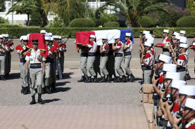 2e REP Hommage aux 2 Légionnaires tombés le 17 août 2011 en Afghanistan  - Page 2 2_rep_10