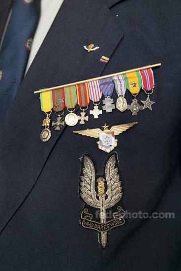 HOURDIN Roger Parachutiste SAS, l'un des derniers est mort dans sa 89e année 3_r_ho10
