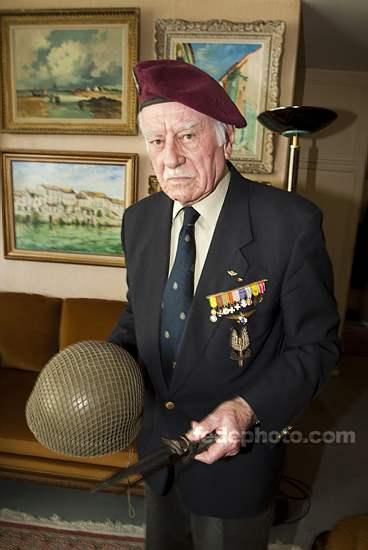 HOURDIN Roger Parachutiste SAS, l'un des derniers est mort dans sa 89e année 4_r_ho10
