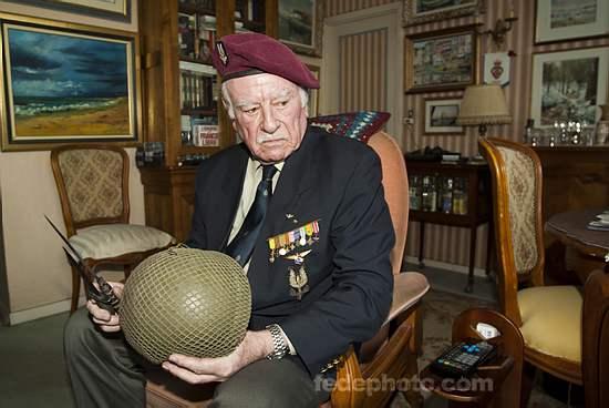 HOURDIN Roger Parachutiste SAS, l'un des derniers est mort dans sa 89e année 5_r_ho10