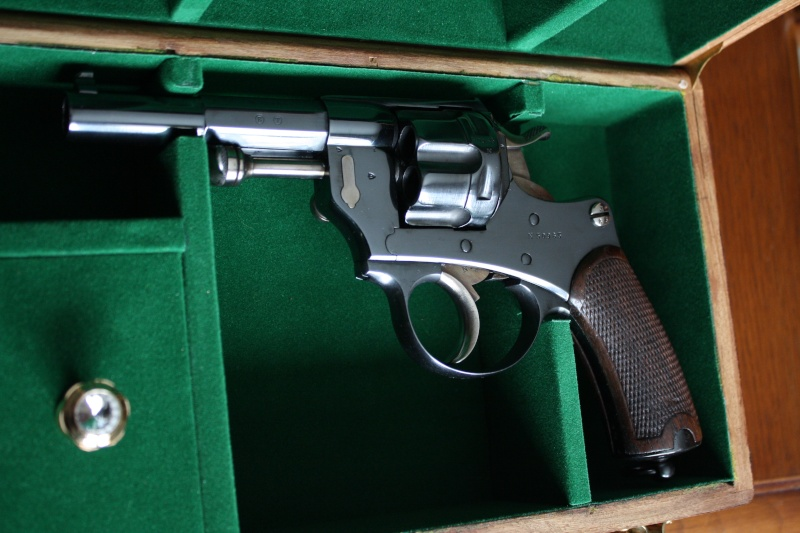 1874 french revolver . - Page 2 Img_1110