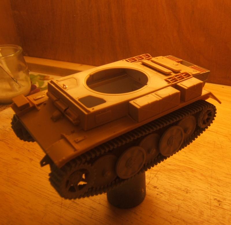 "Panzer II ""Lusch""  Tasca 1/35 Peinture terminée Dscf6444"