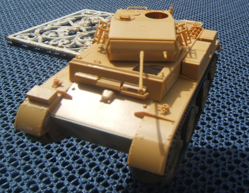 "Panzer II ""Lusch""  Tasca 1/35 Peinture terminée Dscf6524"