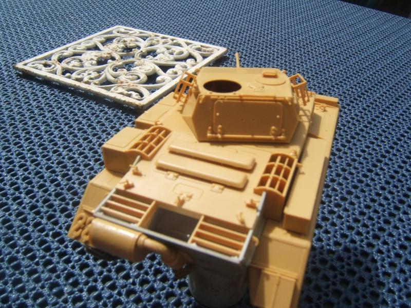 "Panzer II ""Lusch""  Tasca 1/35 Peinture terminée Dscf6528"