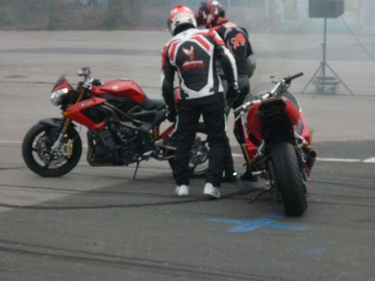 Salon moto montpellier 2012 P1040341