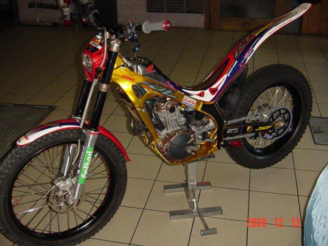 Montesa 4RT  Gold.  28424710