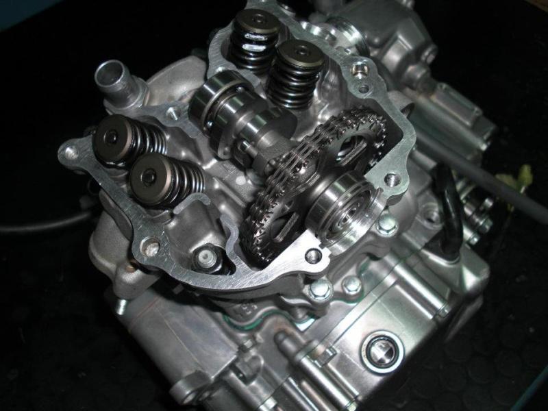 Monteesa 4RT moteur 300c.c. materiel Mitani - S3 Parts.  37519710