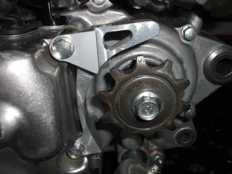 Monteesa 4RT moteur 300c.c. materiel Mitani - S3 Parts.  38651410