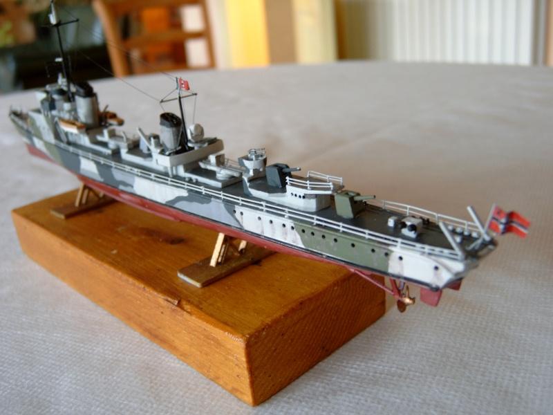 Schnellboate par fourneau au 400eme - heller T22_310