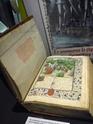 Six siècles d'art du livre de l'incunable au livre d'artiste P1160228