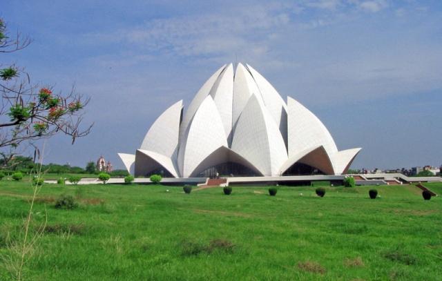 Le Temple du Lotus à Delhi, Inde 48292810