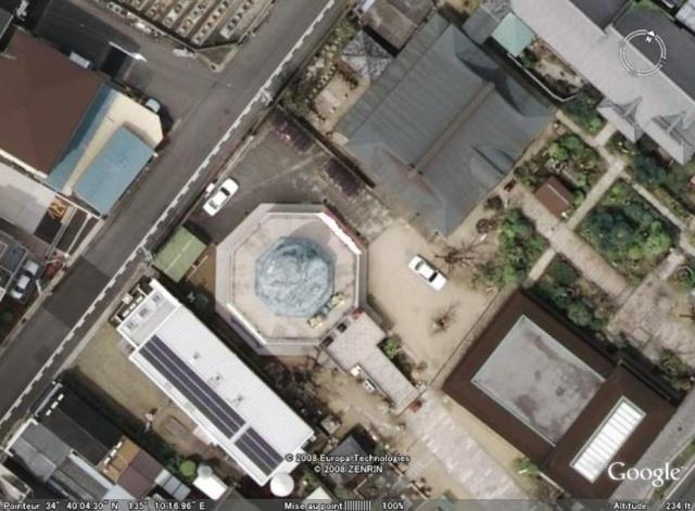 Les statues de Bouddha découvertes dans Google Earth - Page 7 Hyogo10
