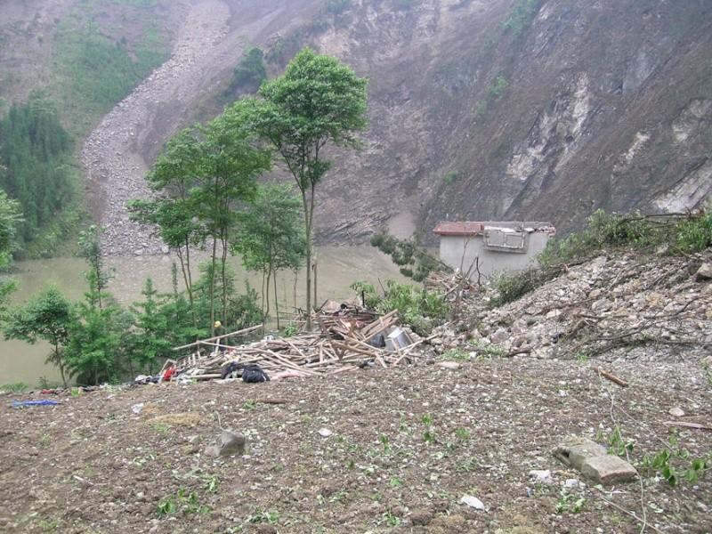 Tremblement de terre en Chine Dscn2539