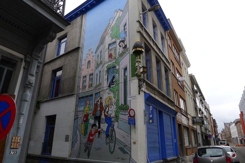 Les parcours BD de Bruxelles, Laeken et Anvers - Page 5 13682910