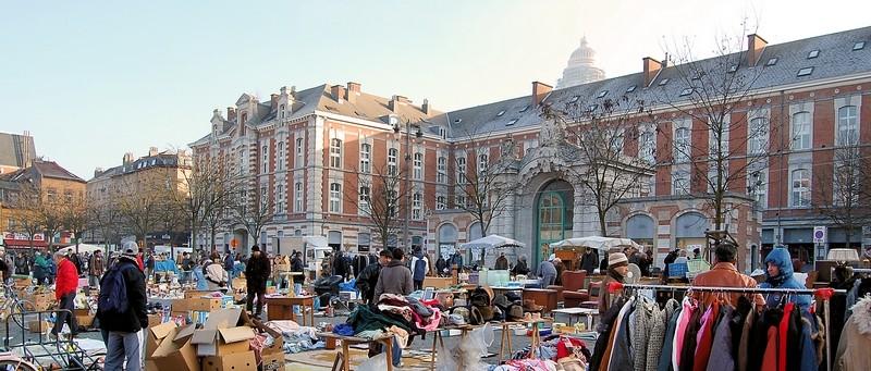 Les parcours BD de Bruxelles, Laeken et Anvers - Page 5 18123110