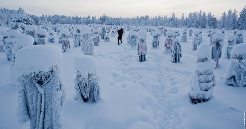 [Finlande] - Le Peuple Silencieux (oeuvre), Suomussalmi 20110210