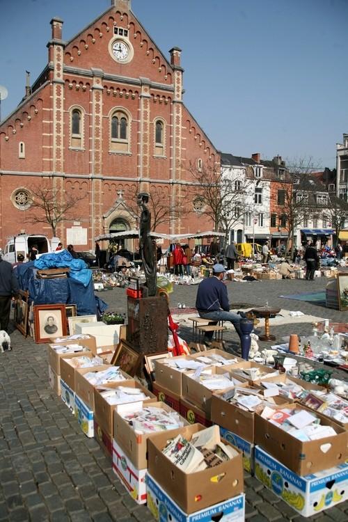 Les parcours BD de Bruxelles, Laeken et Anvers - Page 5 21217110