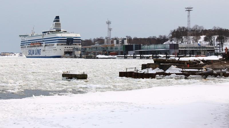 [Finlande] - Le port sud d'Helsinki 34479310