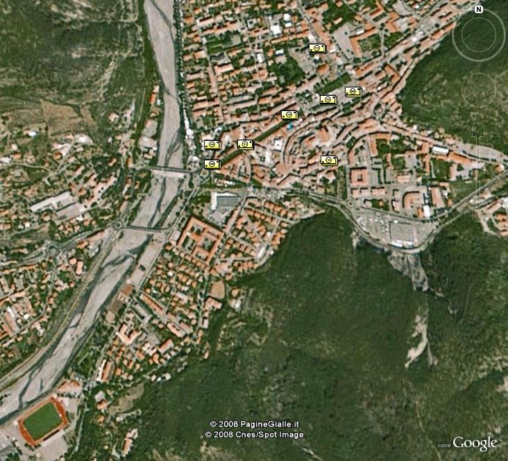 La France sous toutes ses coutures avec Google Earth - Page 2 Digne_10