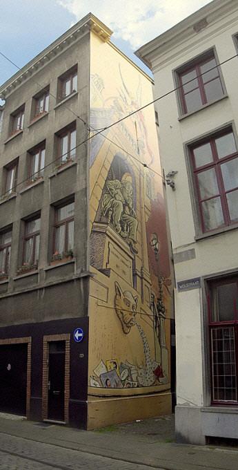 Les parcours BD de Bruxelles, Laeken et Anvers - Page 6 Dyn01012