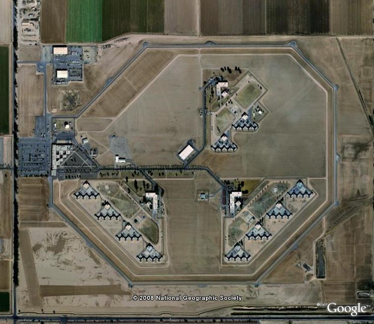 Si t'es pas sage, t'iras en prison... Perryville, Arizona Perryv10