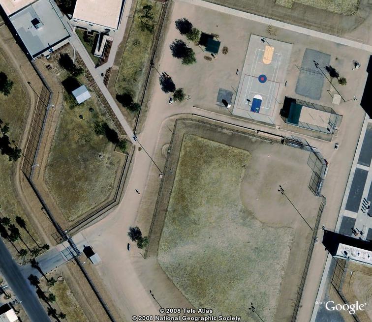 Si t'es pas sage, t'iras en prison... Perryville, Arizona Perryv13