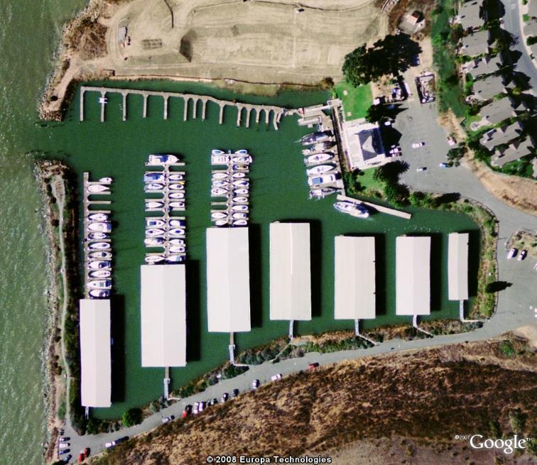 Parking couvert... pour bateaux de plaisance ! Port10