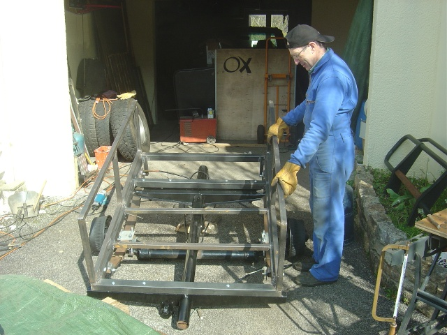 "Fabrication d'une remorque style ""off-road"" Dsc04029"