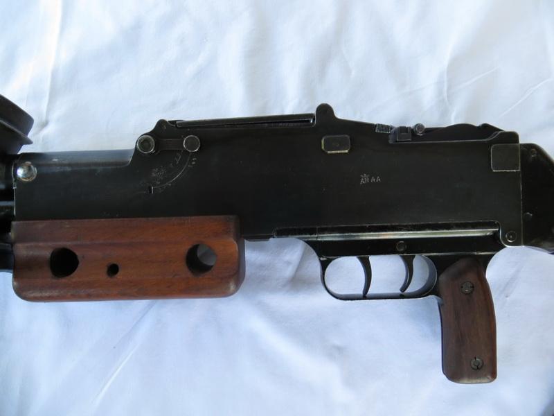Fusil mitrailleur Mle 24-M29 01a_re10