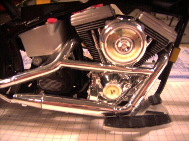 Revell 07977-Harley Davidson Heritage Softail Classic FERTIG H214