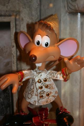 Disney pop up store aux galeries lafayette (du 5/11/2012 au 5/01/2013 ) - Page 4 Img_4424