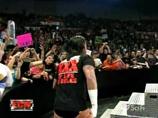 CM Punk Bienvenu !!! 01711