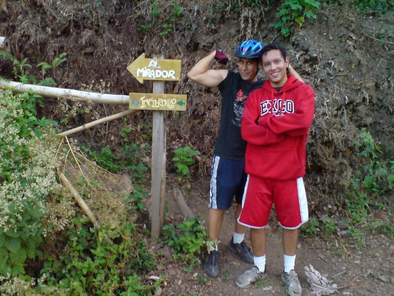 Marzo 04 Mar 2008 - Por los senderos extremos Dsc00929