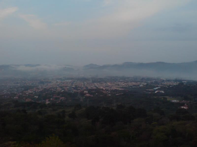 Abril 09 Mie 2008 - Entre neblina pero sin lluvia Dsc01133