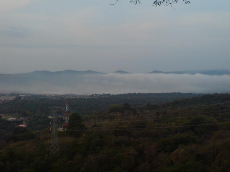Abril 09 Mie 2008 - Entre neblina pero sin lluvia Dsc01134