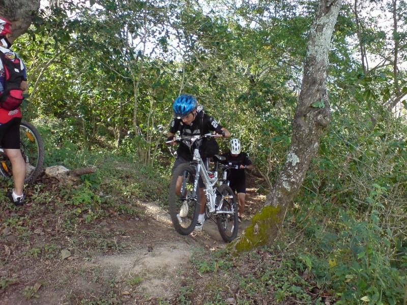 Abril 20 Dom 2008 - Camino al boqueron Dsc01212
