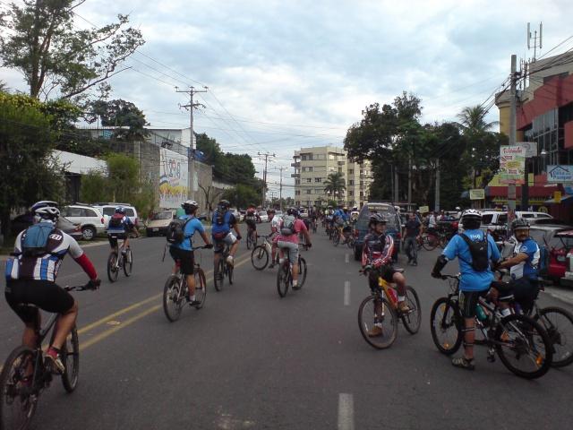 Septiembre 14 Dom 2008 - 5a Vuelta al Picacho Dsc01713
